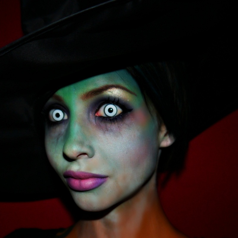 witch eye make up